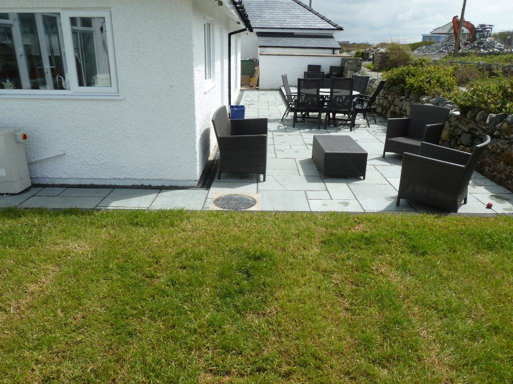 trearddur bay new grass